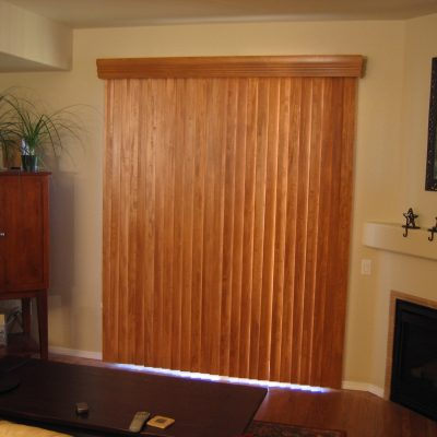 wood-vert-Simple-Vertical-Blinds.jpg